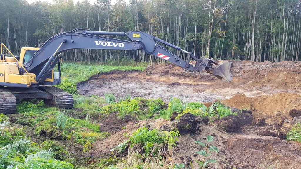 Tvenkinių kasimas Vilnius